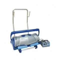 Visuomeninis baseino valymo robotas Ultramax